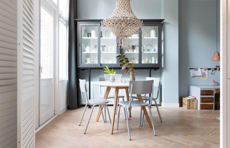 Servieskast bij Mirjam en Roeland uit aflevering 10, seizoen 5 | Weer verliefd op je huis | Make-over door: Frans Uyterlinde | Fotografie Barbara Kieboom