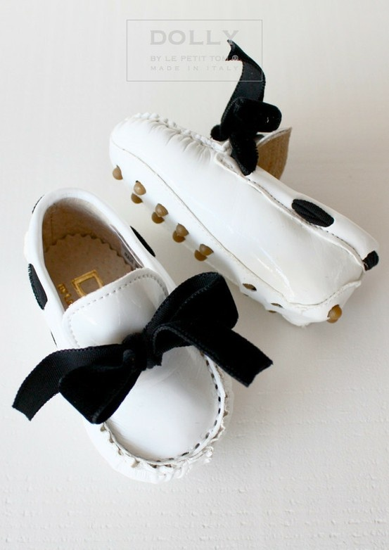 Baby bow mocassins!
