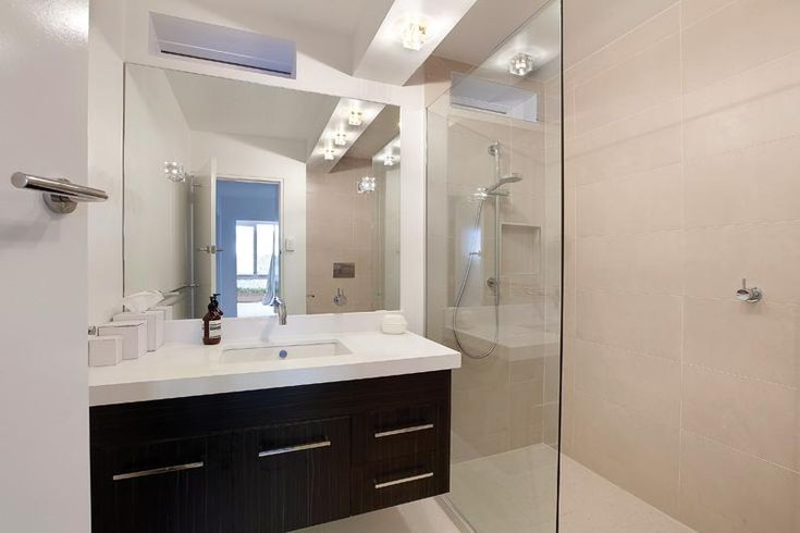Bathroom design ideas get inspired by photos of for Pictures of renovated small bathrooms
