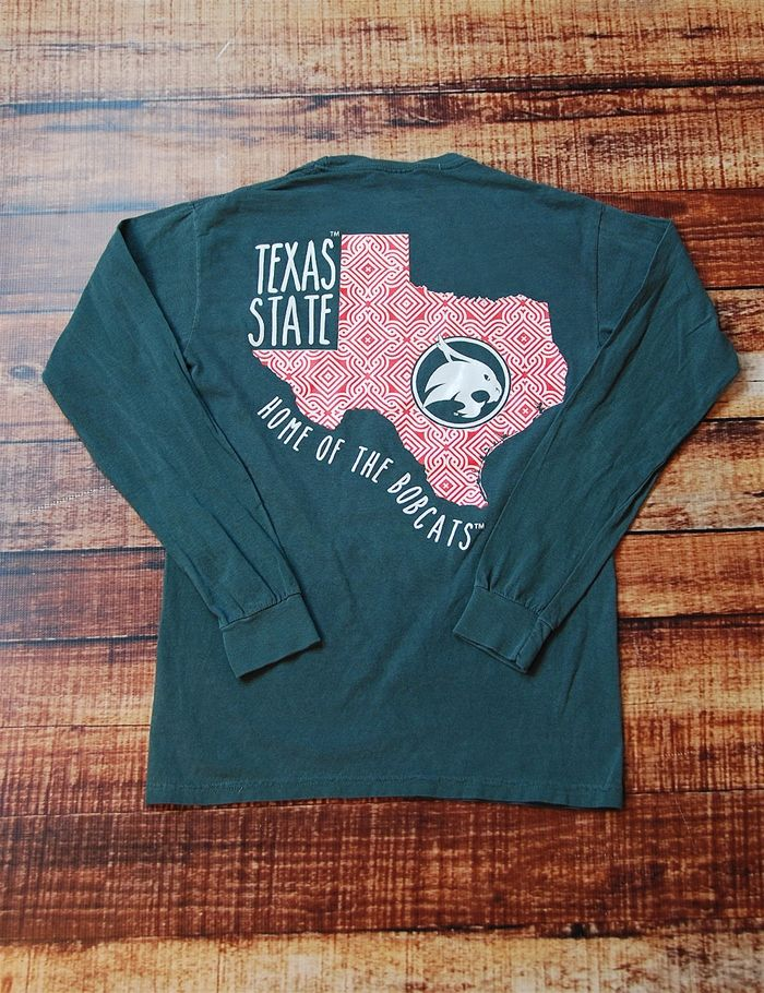 This is such an awesome new Texas State t-shirt! Show your school spirit in this great long-sleeve Comfort Colors t-shirt! Go Bobcats!