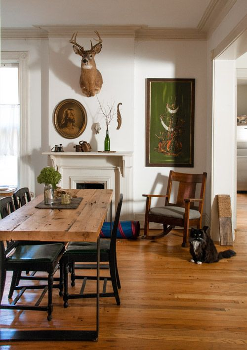 The entryway from Sean Wrafters home tour on Design  : 7b61e708c0fd231c405affc29d0c74dc from www.pinterest.com size 500 x 710 jpeg 60kB