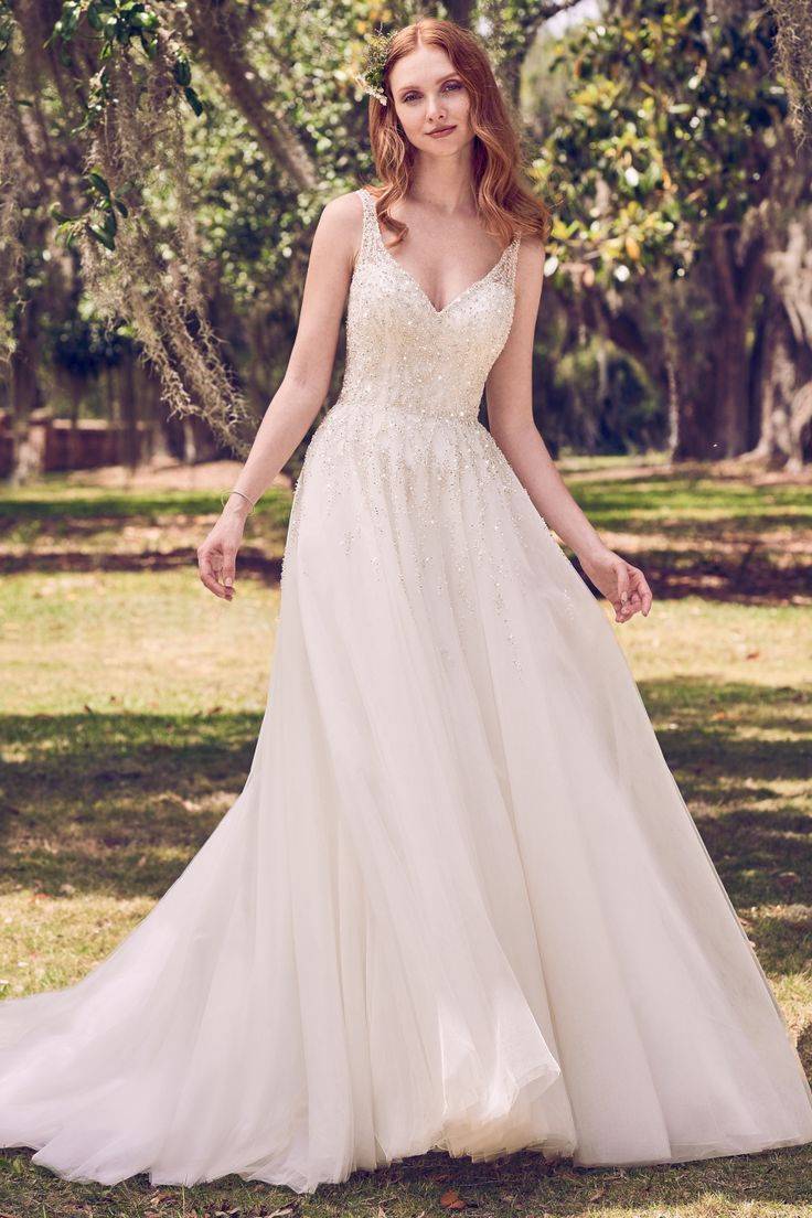 I need a dress for a spring wedding   Romantic Dresses Perfect for Your Spring Wedding  Robe Spring