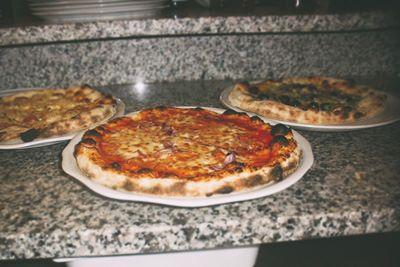 #Pizzeria #pub #Saloon 4 luglio: Materie prime di #qualità rigorosamente #madeinItaly abbinate a serate di #cabaret con i #comici di #Zelig. Cesano Boscone, via Cesare Battisti 12