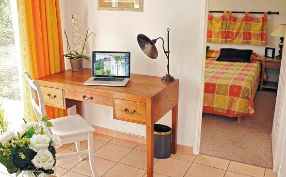 Park&Suites Confort Dijon Ahuy** - Appartement 2 pièces #dijon #hotel #apparthotel #sejour #chambre http://www.parkandsuites.com/fr/appart-hotel-dijon-ahuy