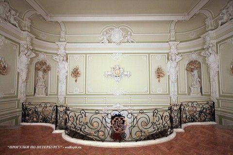 Парадная лестница во дворце Белосельских-Белозерских. 2008.12.21.