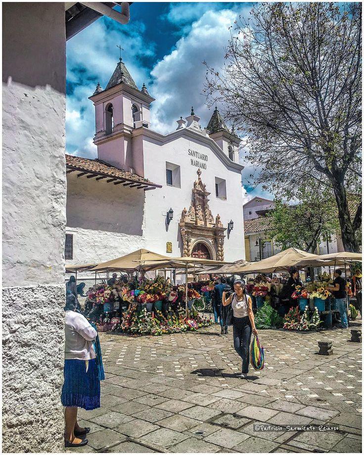 Plaza del Carmen #Cuenca #Ecuador #AllYouNeedIsEcuador #iPhoneonly #ProyectoEcuador2017 #church