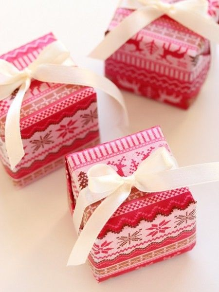 クリスマスプレゼントの簡単なラッピング方法 リボンや包装紙も可愛く工夫♡|cuta [キュータ]