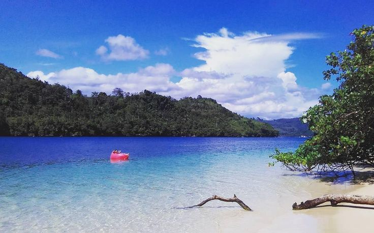 A private beach in Malang, Waru Waru beach, Sempu island, East Java, Indonesia  Photo by: IG @andrianlagi10