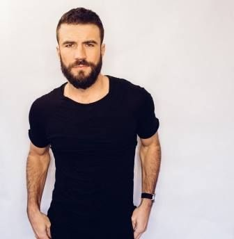 Sam Hunt announced his first headlining tour, 15 In A 30 Tour, kicking off June 1st!