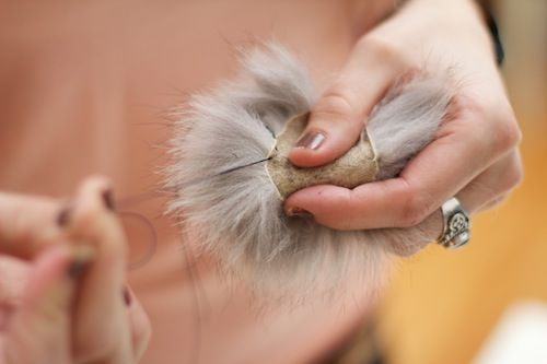 DIY fake fur pom pom