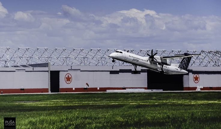 Takeoff. Porter Airlines aircraft just taking off from @mtltrudeau  #takemewithyou #travel #daydream #mtl