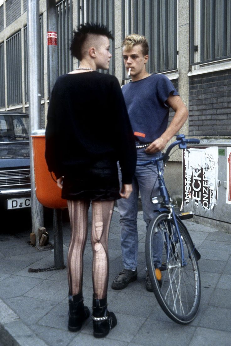 Punk girl in Düsseldorf, Germany, photographed by Ilse Ruppert in 1983.