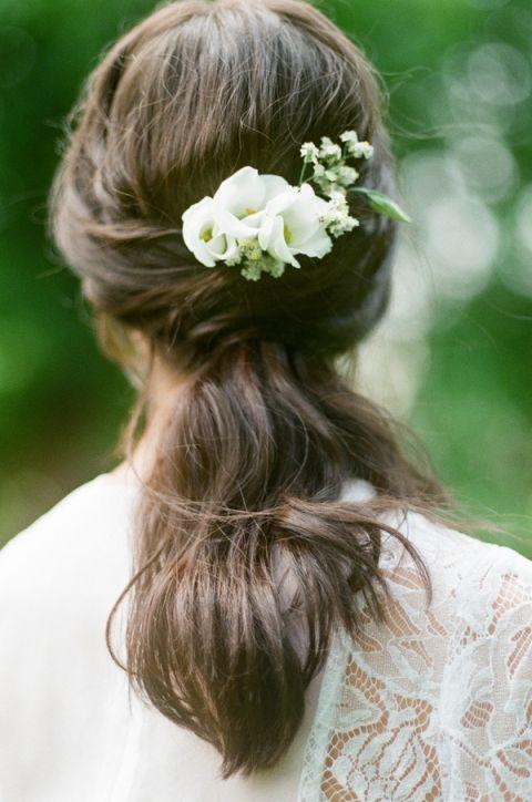 Bridal Hairstyle with Fresh Flowers   Warmphoto   Sleeping Beauty - An Enchanted Bridal Morning