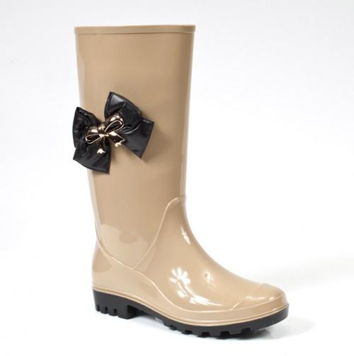best 20 rain boots fashion ideas on pinterest hunter
