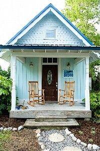 beach cottage in Manteo, NC