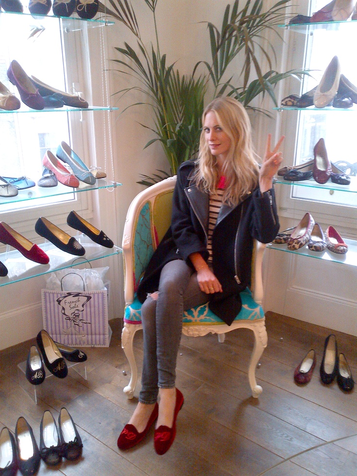 The gorgeous Poppy Delevingne wearing her personalised ...