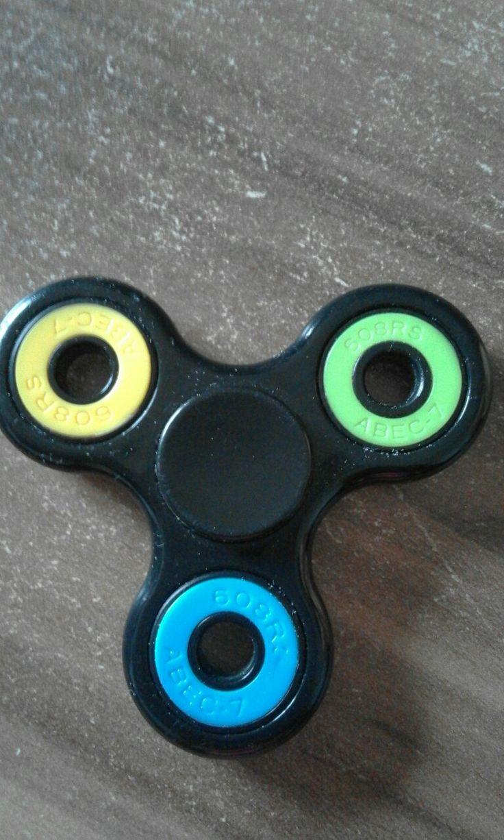 Black Fidget spinner