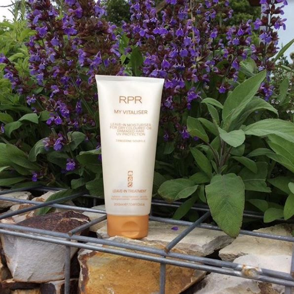 Protect your hair from the sun ☀️ this summer with our RPR My Vitaliser. With UV protection, this leave-in moisturiser will be your best friend! Who else is in ❤️with My Vitaliser?