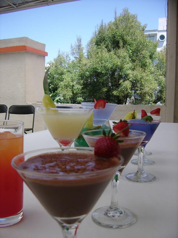 Cocteleria en México  http://iestur.edu.mx