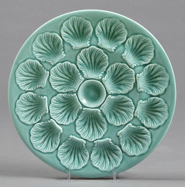 Turquoise color French Ceramic Oyster Plate 20th c. by Proceram with indentations & 18 best Oyster Plates images on Pinterest | Dishes Dinner plates ...
