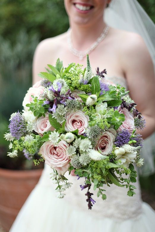 wedding party bouquets 25 best images about sweet avalanche inspiration on 9841