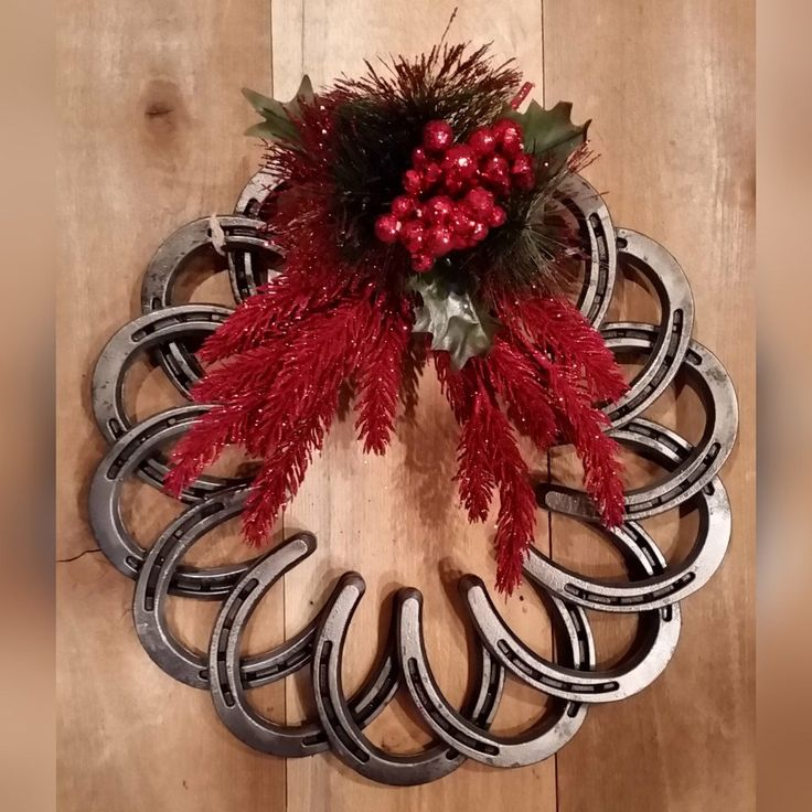 Interlocking Horseshoe Wreath by juniperjaxx on Etsy https://www.etsy.com/listing/263068808/interlocking-horseshoe-wreath