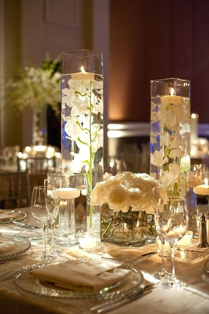 Pin By On Wedding Ideas In Flowers And Decorations Glass Vase