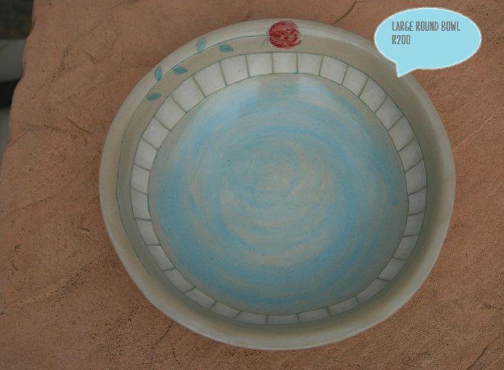 Large round bowl - diameter of 25cm