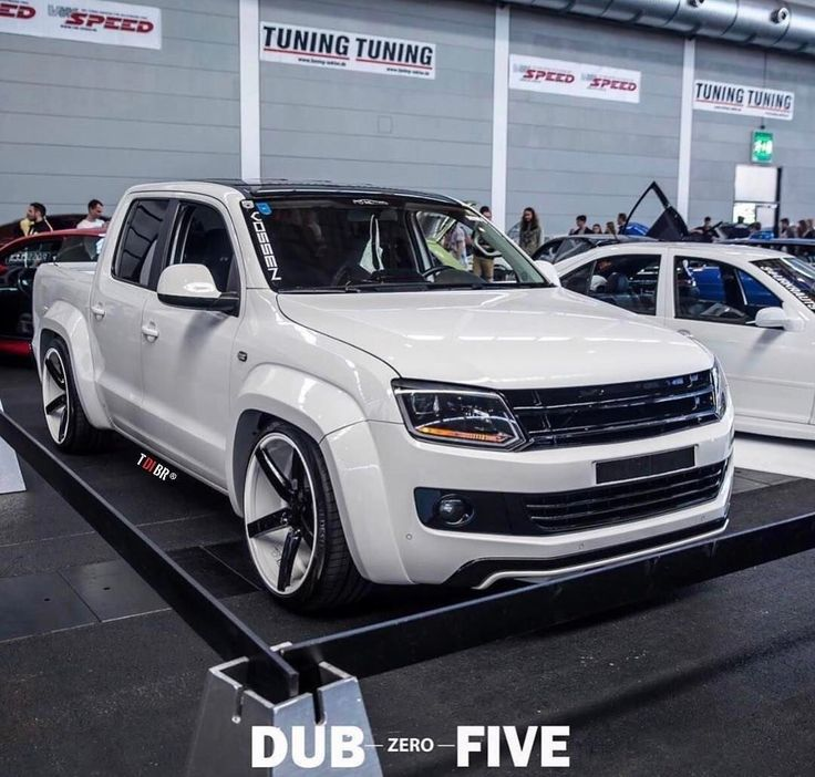 vw amarok tuning autos vw amarok trucks pickup trucks. Black Bedroom Furniture Sets. Home Design Ideas