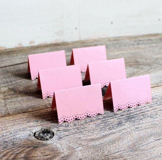 set of 100 standing pink wedding place von lovefernboutique auf Etsy, $100.00