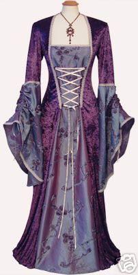 robe medievale                                                                                                                                                      Plus