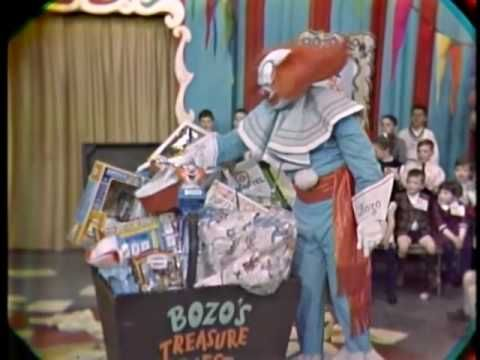 25 best ideas about bozo the clown on pinterest the clown movie vintage toys and good clowns. Black Bedroom Furniture Sets. Home Design Ideas
