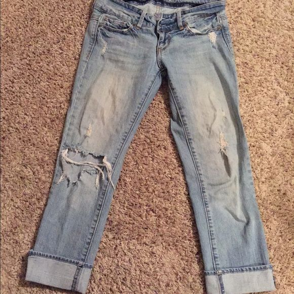 American eagle capris FINAL REDUCTION!!! Distressed american eagle jeans LOVE these jeans but I wear a 0 so they are to big  in great condition American Eagle Outfitters Jeans
