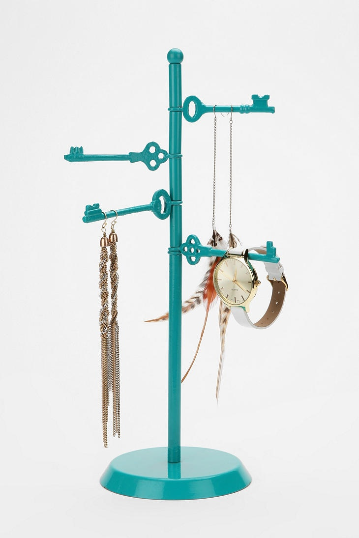 Spinning Keys Jewelry Stand--for when I take my art jewelry to a craft show or stores.