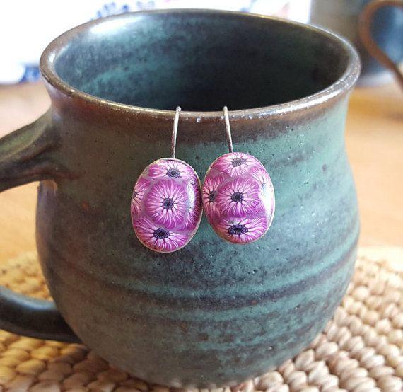 Purple oval flowers earrings, floral purple earrings, oval purple earrings, gift for girls, sweet 16 gift, everyday earrings, Birthday gift,