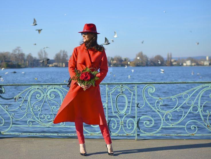 La Saint Valentin est proche, que vous la célébriez ou non, ce jour est le plus souvent illustré par une couleur qui symbolise l'amour et le désir en même temps que le danger et l'interdiction : LE ROUGE. Synonyme de passion par son éclat provocant et...  Rouge Valentin  #valentinesday #red #love #ootd #fashion #style
