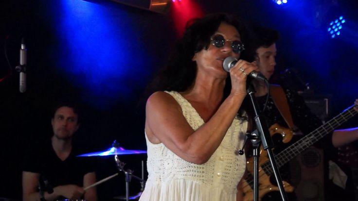 Raymunda a.k.a. Bloezz live at Bourbon, Blues and BBQ @Zandstuve, Den Ha...