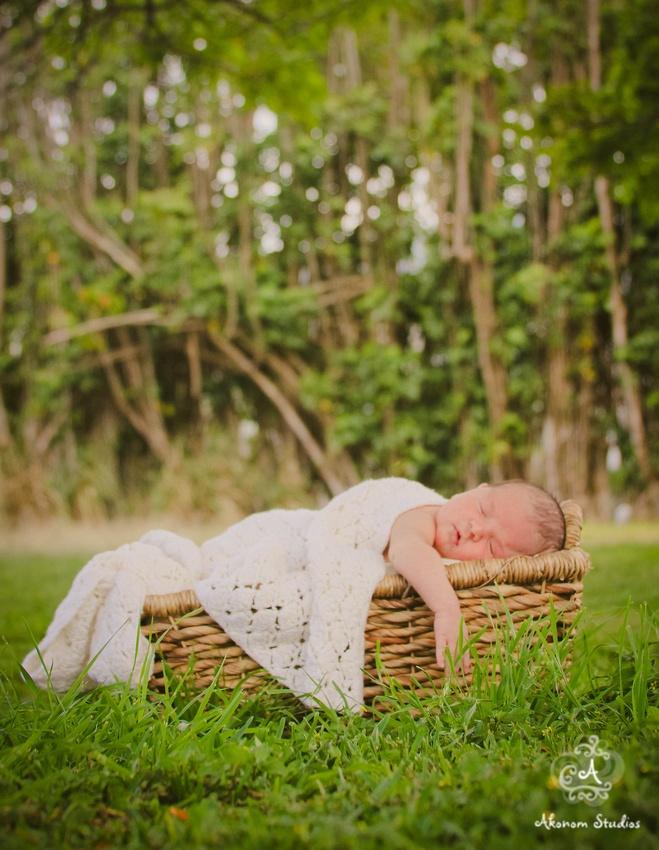 Newborn outside photography