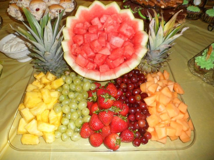 Fruit Trays For Baby Shower   The Bauer Hour: Safari Themed Baby Shower