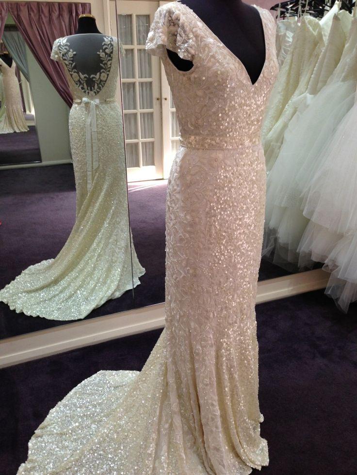 Fishtail Wedding Dresses Second Hand : Karen willis holmes alexandra akina bridal couture our range
