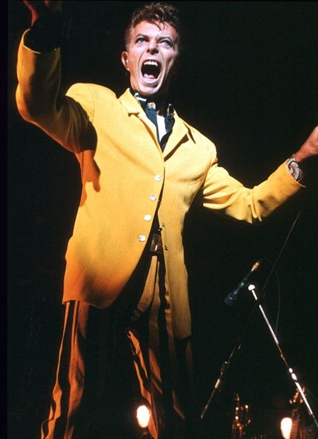 David Bowie preforming with Tin Machine in 1991