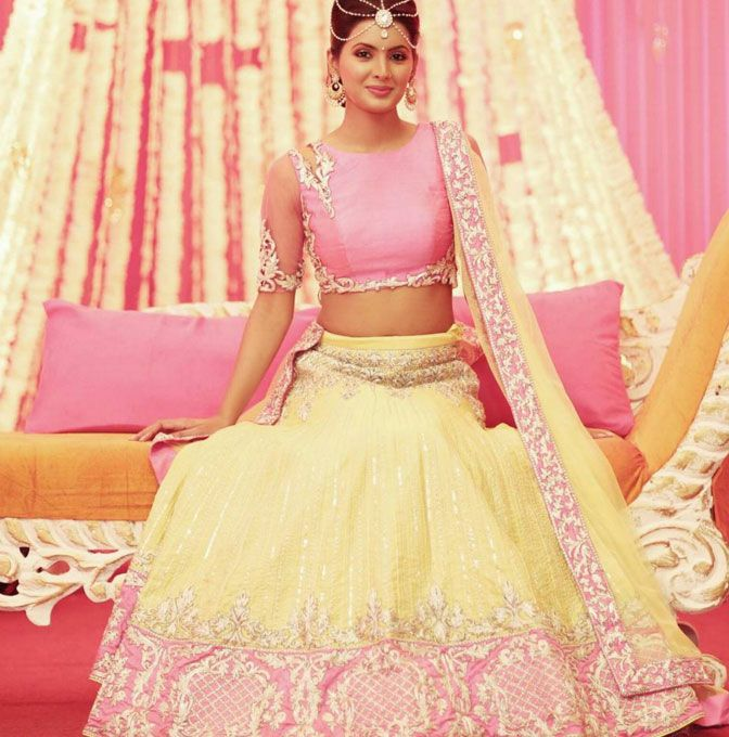 Geeta Basra looked stunning at the #Mehendi ceremony. #Bollywood #Fashion #Style #Beauty #Hot #Punjabi #Wedding #Instagram
