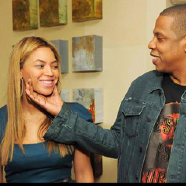He Treats Her The Same Way!!! :D