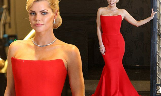 The Bachelorette's Sophie Monk turns heads in a red gown   Daily Mail Online