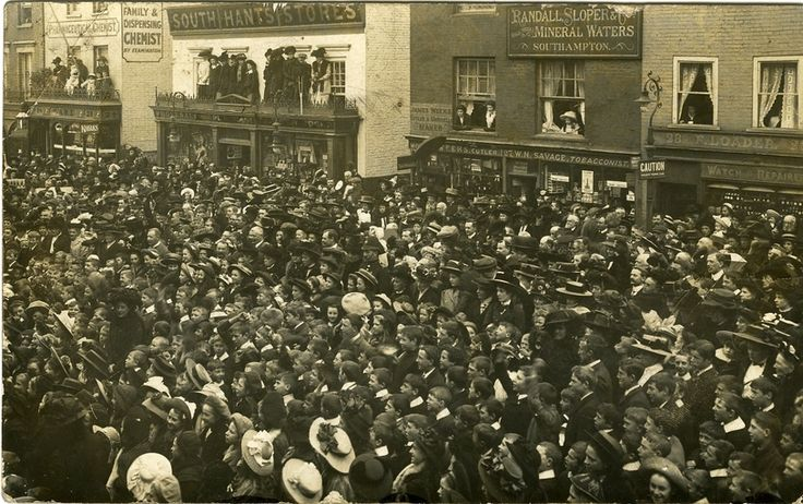Crowds gather on the High Street in 1910 for the laying of the foundation stone for the new Lymington Town Hall.