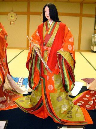 """公家女房晴れの装い http://kakitutei.gozaru.jp """"A Court Lady In Formal Costume"""""""