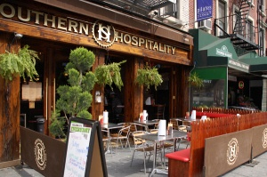 Southern Hospitality  1460 2nd Ave  As the name implies, this Justin Timberlake and friends-owned bbq joint aims to please. Purchase a brunch entree such as the chicken and waffles or pulled pork huevos rancheros and add bottomless Bloody Marys and mimosas for just $11.95. This special will definitely be in demand once football season starts again.