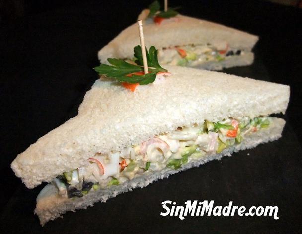 Sandwich frio de verduras y palitos