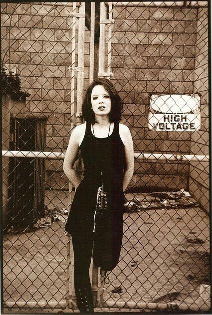 Shirley Manson in the 90's. So beatiful!.