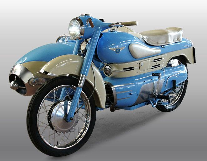 IW_Aermacchi_Chimera_250_06 with sidecar. When Aermacchi first manufactured it in 1956, the Chimera 175 was an incredibly futuristic motorcycle. Indeed, it probably was too futuristic for its own commercial good, as some of the technical and aesthetic solutions it featured likely curbed sales.